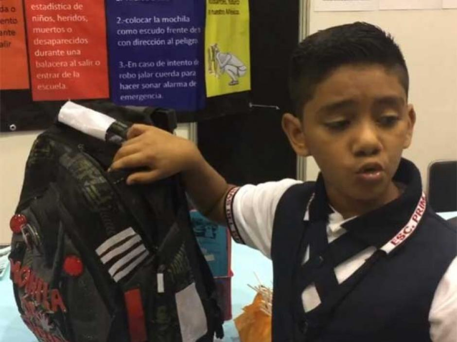 Juan David espera que las autoridades apoyen su invención. (Foto: Excélsior)