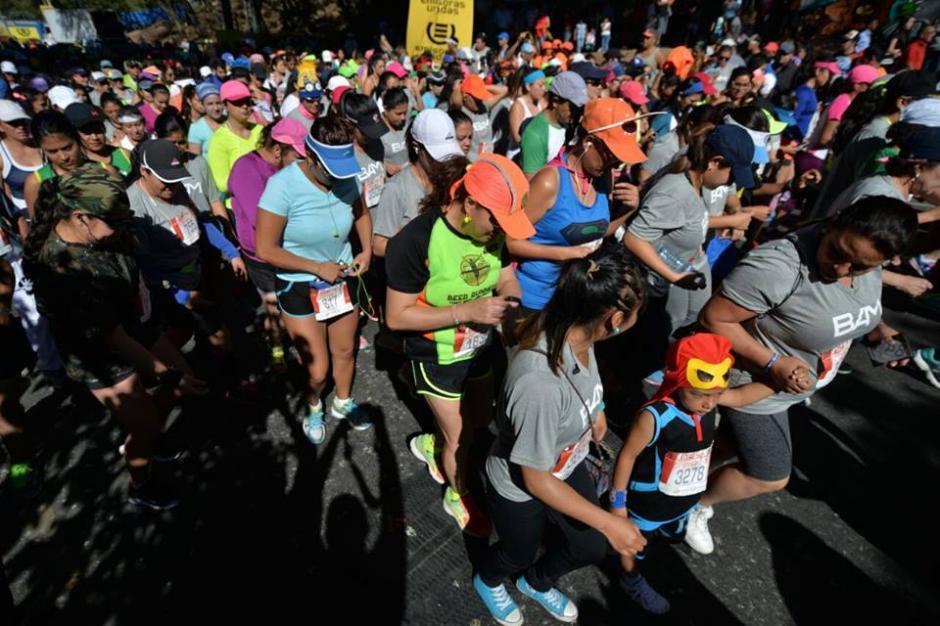 Miles de personas salieron a correr durante el último día del año. (Foto: Wilder López/Soy502)