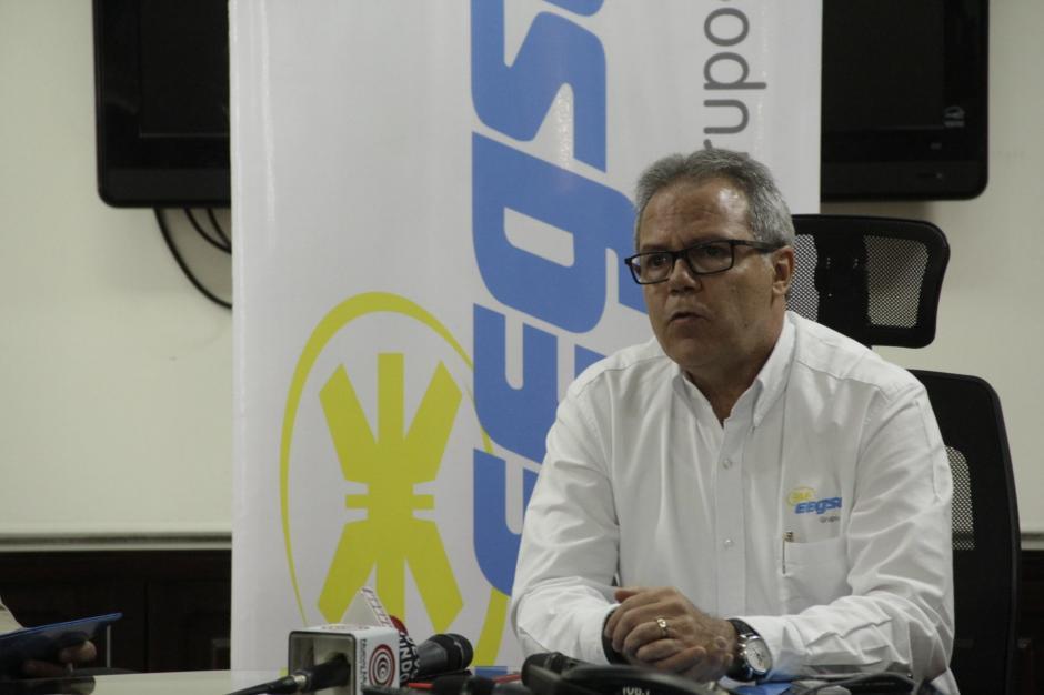 Jorge Alonso, gerente general de EEGSA, aseguró que este no es un incremento tarifario. (Foto: Fredy Hernández/Soy502)
