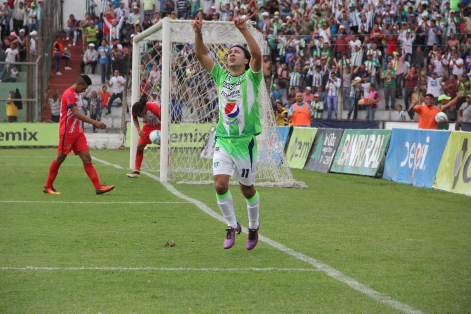 Agustín Herrera se estrenó en el Clausura 2017 con un doblete. (Foto: Fredy Hernández/Soy502)