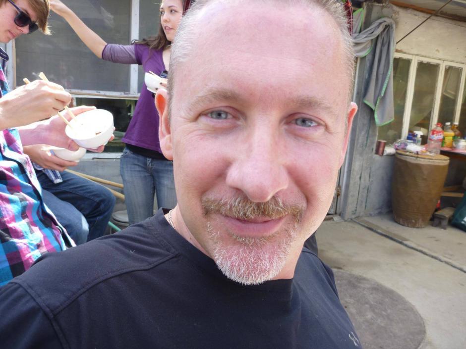 Philip Wood nacido en Texas pero residente en Pekín, estaba en trámite de su traslado laboral a Kuala Lumpur. (Foto: Finding Philip Wood/Facebook)