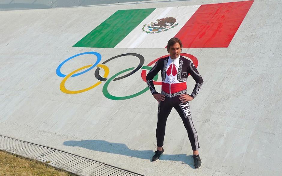 El único representante de México que participará en la modalidad de ski, Hubertus Von Hohenlohe decidió utilizar este body con motivos charros para dejar muy en claro al país que representa. Foto Von Hohenlohe/Facebook
