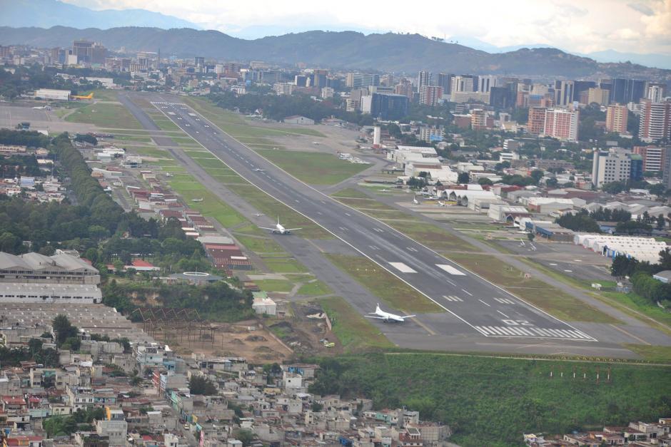 Los trabajos que se planean hacer en los aeropuertos del país serán para estar dentro de los diez primeros de América Latina. (Foto: Archivo/Soy502)