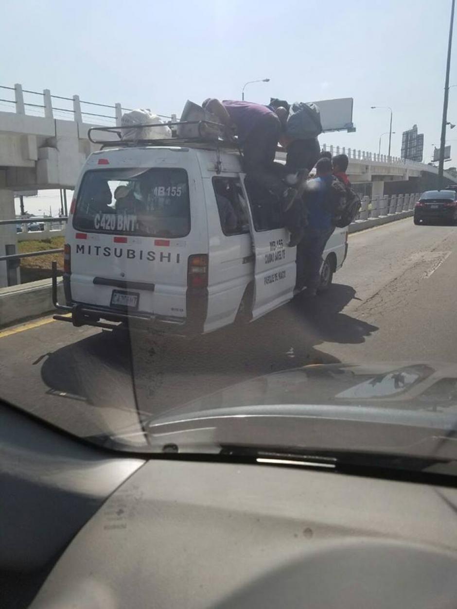 Pese a la temeraria acción no se pudo ver presencia de Emixtra o PNC. (Foto: Luis Reyes)