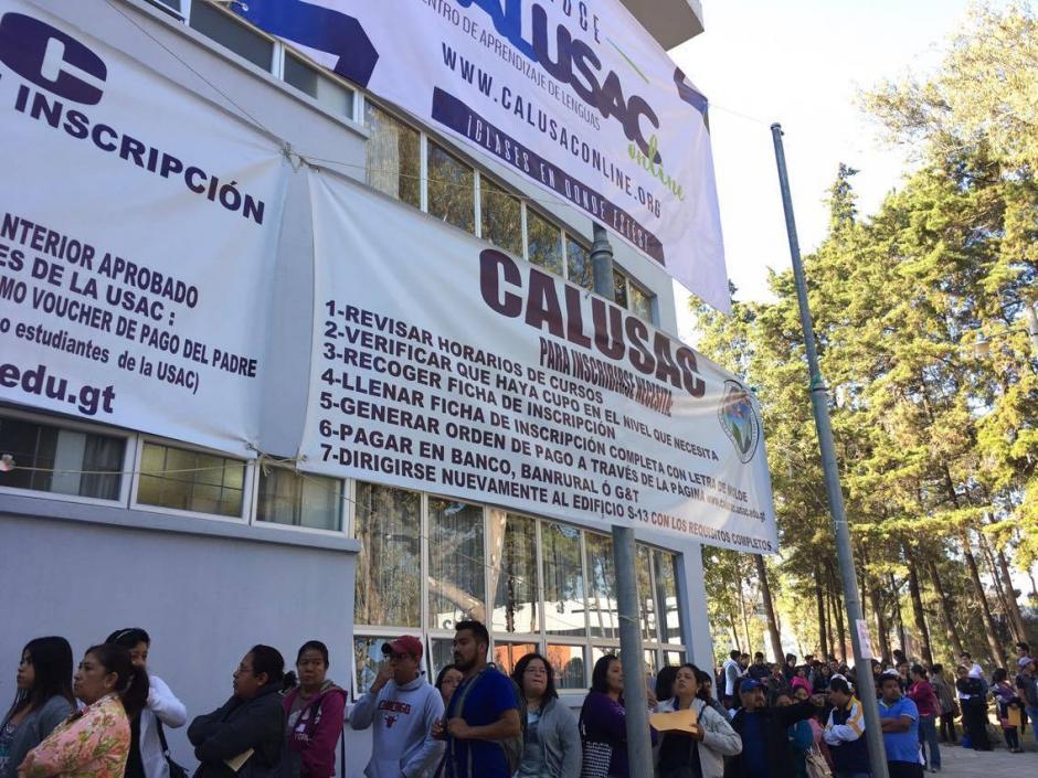 Del 25 al 31 de enero se harán las inscripciones en el edificio S13, sede de Calusac. (Foto: Fredy Hernández/Soy502)