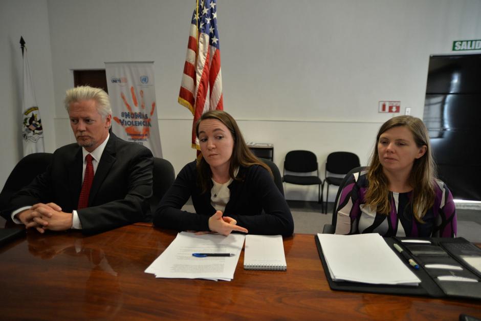 Representantes de la Embajada de Estados Unidos llamaron a la calma a todos los guatemaltecos. (Foto: Wilder López/Soy502)