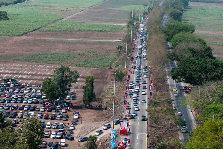 Actualmente la carretera se encuentra llena de baches. (Foto: Archivo/Soy502)