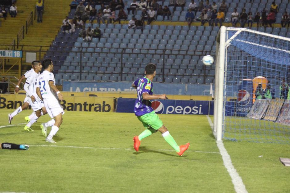 Antigua anotó por Nelson Mirando. (Foto: José Dávila/Soy502)