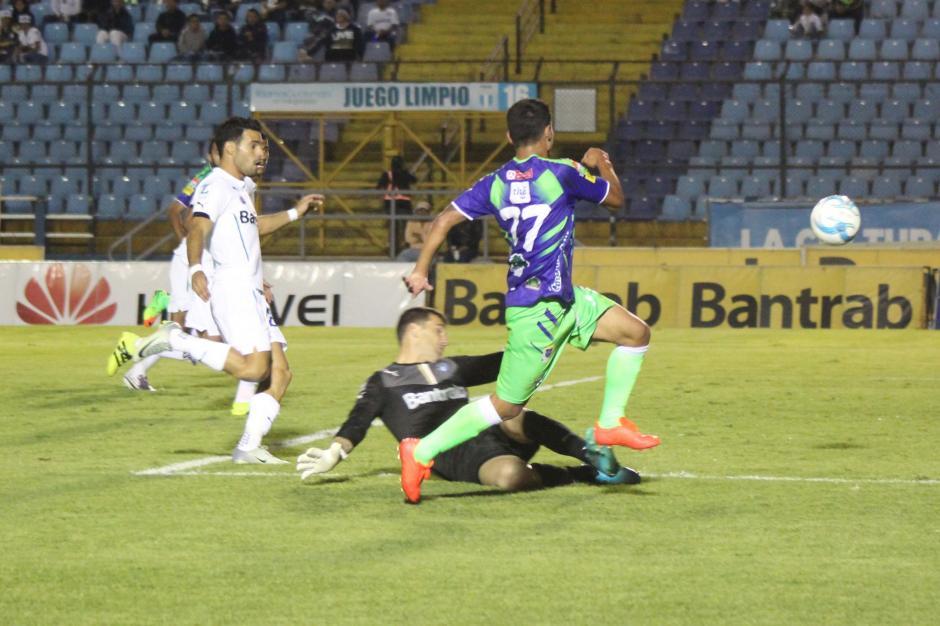 """El gol fue una asistencia de """"El Moyo"""". (Foto: José Dávila/Soy502)"""