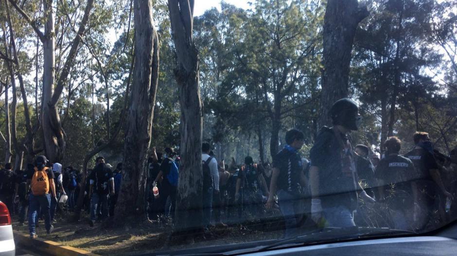 La facultad suspendió clases para que se realizara la actividad. (Foto: Soy502)