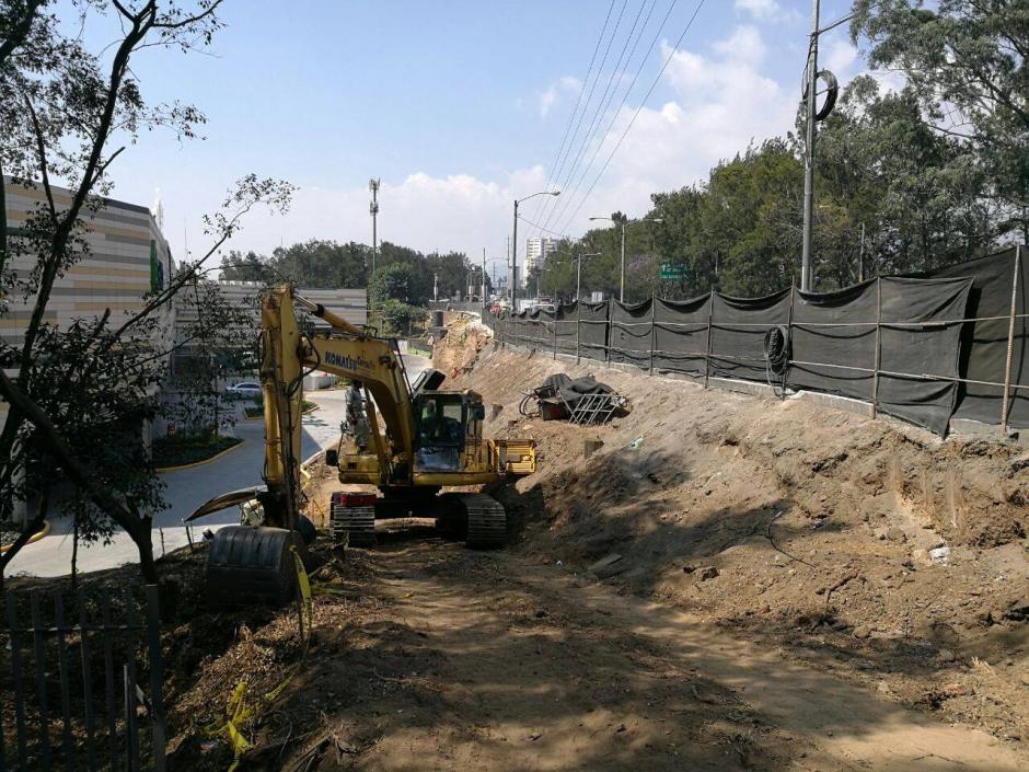 La primera fase es la construcción de un muro de contención. (Foto: Álvaro Hugo Rodas)