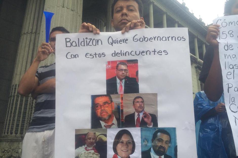 Miembros del partido Lider también fueron blanco de señalamientos durante las protestas del 15A. (Foto: Luis Barrios/Soy502)