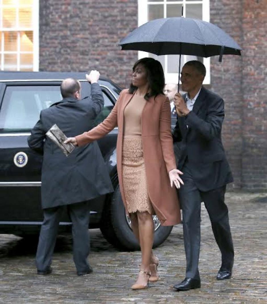 El presidente estadounidense, Barack Obama, y su esposa Michelle lanzaron un desafío al príncipe Enrique a traves de Twitter (Foto: AFP)
