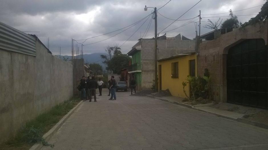 El allanamiento se realizó en la colonia Alta Loma de Pastores, Sacatepéquez. (Foto: PNC)