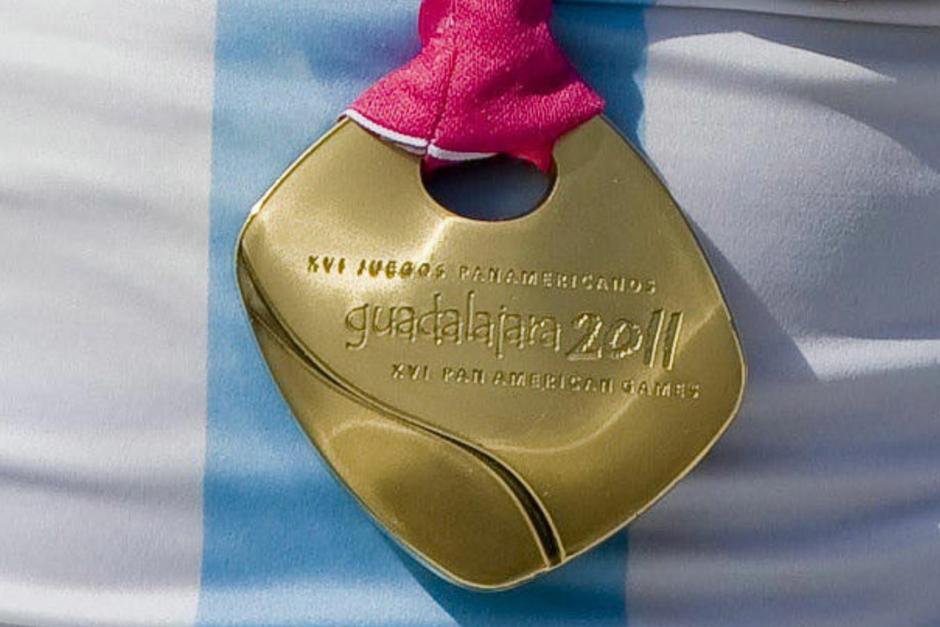 Esta es la medalla que vende para continuar compitiendo. (Foto: Jamy Franco)