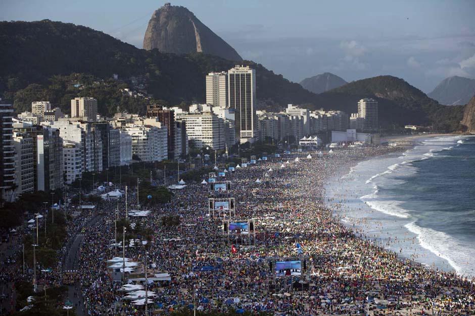 El papa Francisco atrajo a unos 3 millones de asistentes a la Jornada Mundial de la Juventud de este año.