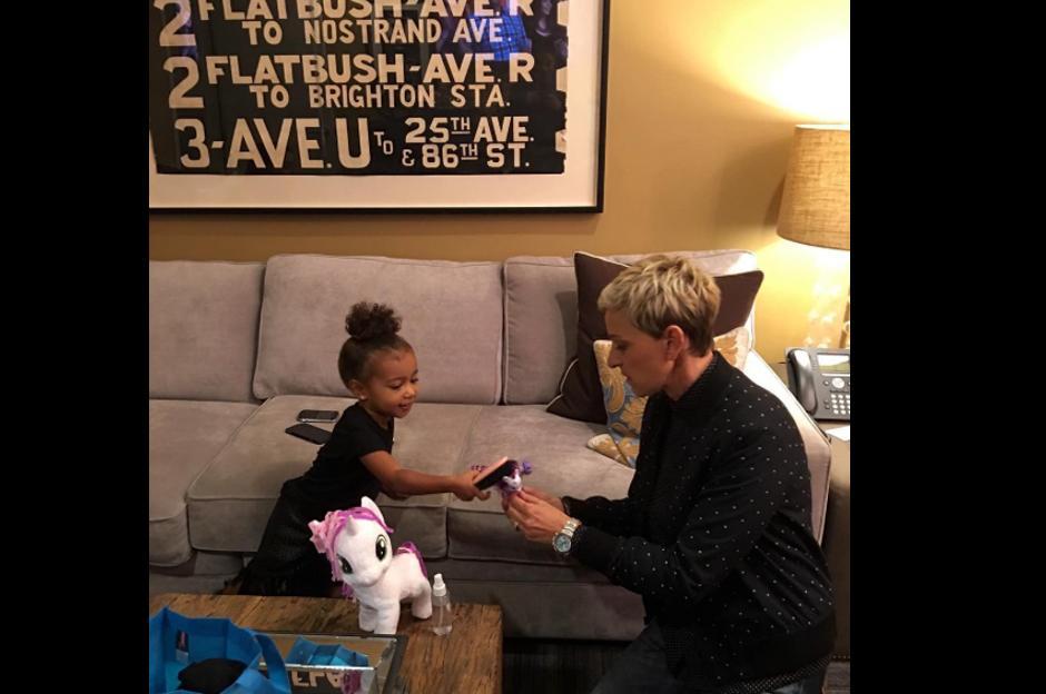 North West es la hija mayor de Kim Kardashian y Kanye West.