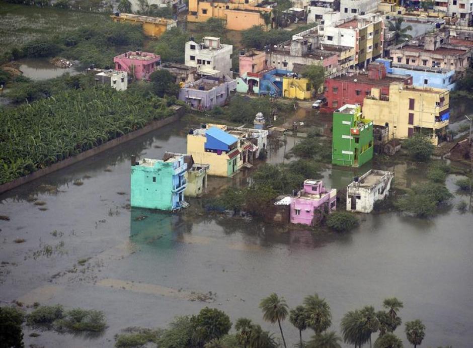 Vista de un área afectada en la localidad de Chennai, al sur de la India. (Foto: EFE)