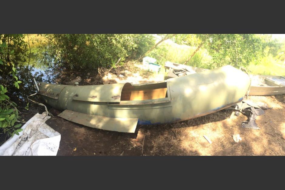 Vista del submarino localizado por fiscales  durante un allanamiento en Iztapa, Escuintla. (Foto: MP)