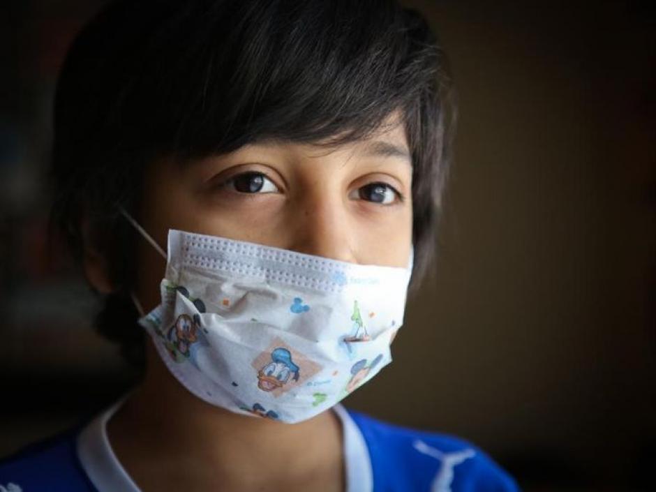 Cruz Colvin, un niño latino de 9 años, enfrentra dificultades en su lucha contra un trastorno de la sangre que es poco común y potencialmente mortal. (Foto:Alton Strupp/The Courier-Journal)