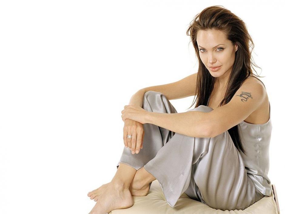 Angelina Jolie conoció a Pitt durante el rodaje de la película Señor y Señora Smith. (Foto: kisax.com)