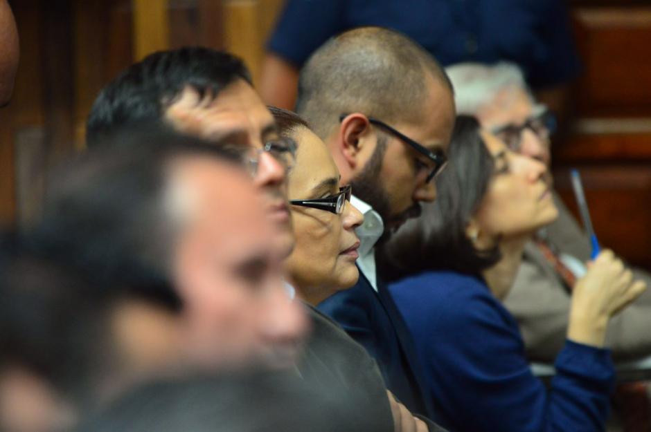 Baldetti mantiene la mirada fija al frente y en pocas ocasiones se mueve. (Foto: Jesús Alfonso/Soy502)