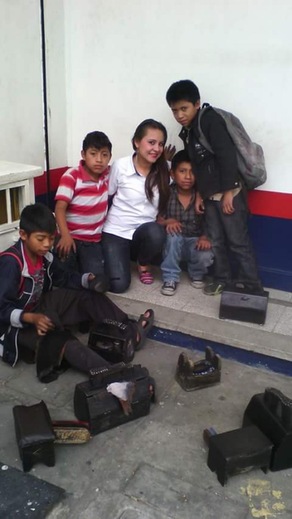 Estrada quiere celebrarles el Día del Niño a sus amigos, pero requiere del apoyo de otros bondadosos ciudadanos. (Foto: Deyanira Estrada)
