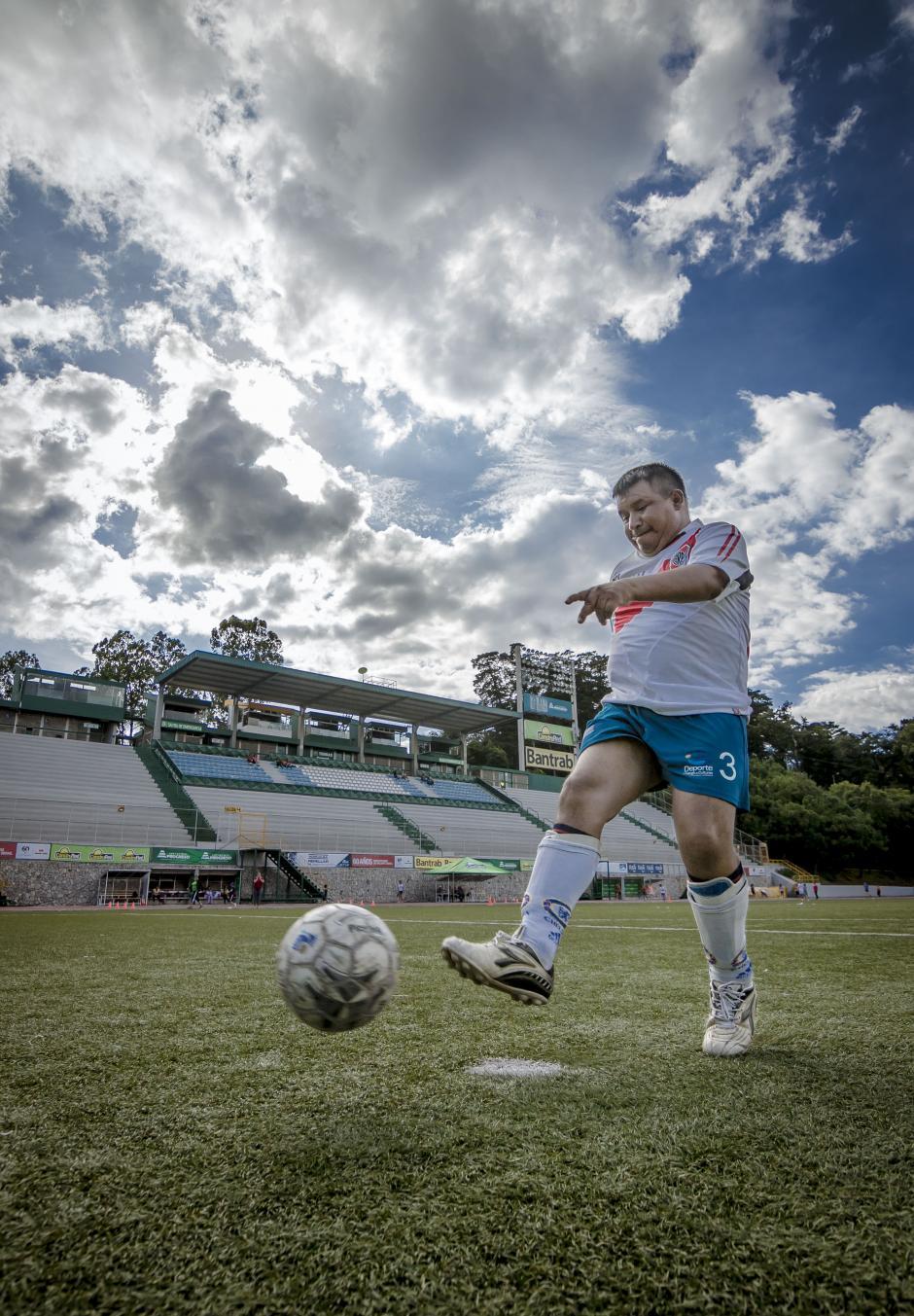El futbol es uno de los deportes más concurridos. (Foto: Soy502)
