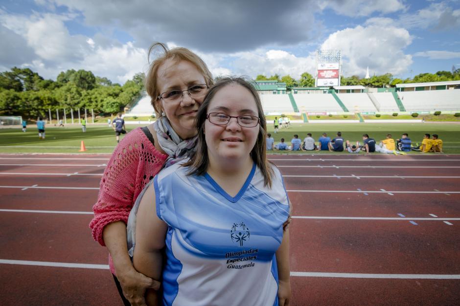 Irma Lucía Dubon Estrada, de 31 años, forma parte del equipo de Olimpíadas Especiales. (Foto: Soy502)