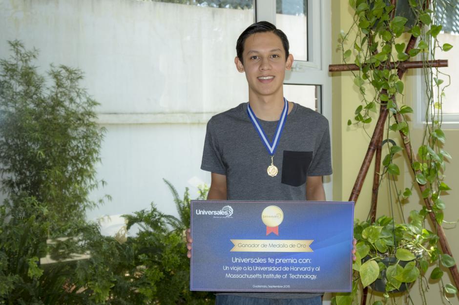 Seguros Universales premió a las jóvenes mentes brillantes de Guatemala. (Foto: Magui Medina/Soy502)
