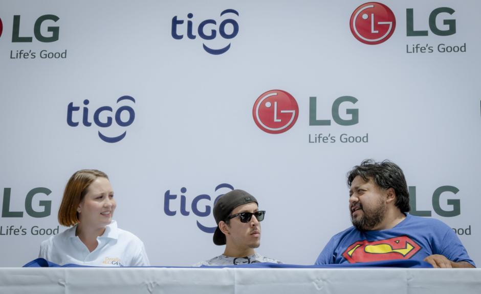 Los jueces calificaron cada foto, realizada con un LG G4 de Tigo, para luego decidir los ganadores de cada ronda y el ganador final.(Foto: Soy 502)