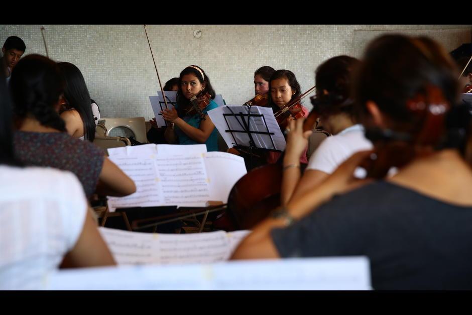 La orquesta femenina está compuesta por unas 150 mujeres. (Foto: Archivo/Soy502)