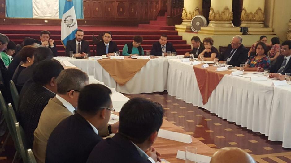 El foro sostendrá reuniones periódicas los últimos jueves de cada mes. (Foto: Alejandro Ortíz/Soy502)