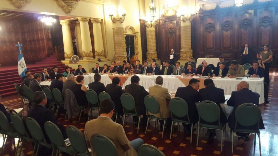 Entre otras medidas será necesario reformar algunas leyes. (Foto: Alejandro Ortíz/Soy502)
