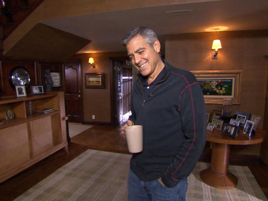 Aunque no lo creas George Clooney también es mal vecino. (Foto: CBS News)