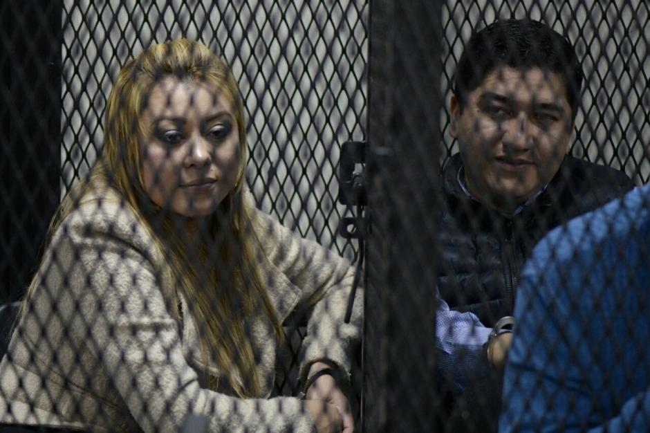 El excuñado de Emilenne Mazariegos, implicado en fraude, dice que firmó documentos porque su suegra se lo pidió. (Foto: Wilder López/Soy502)