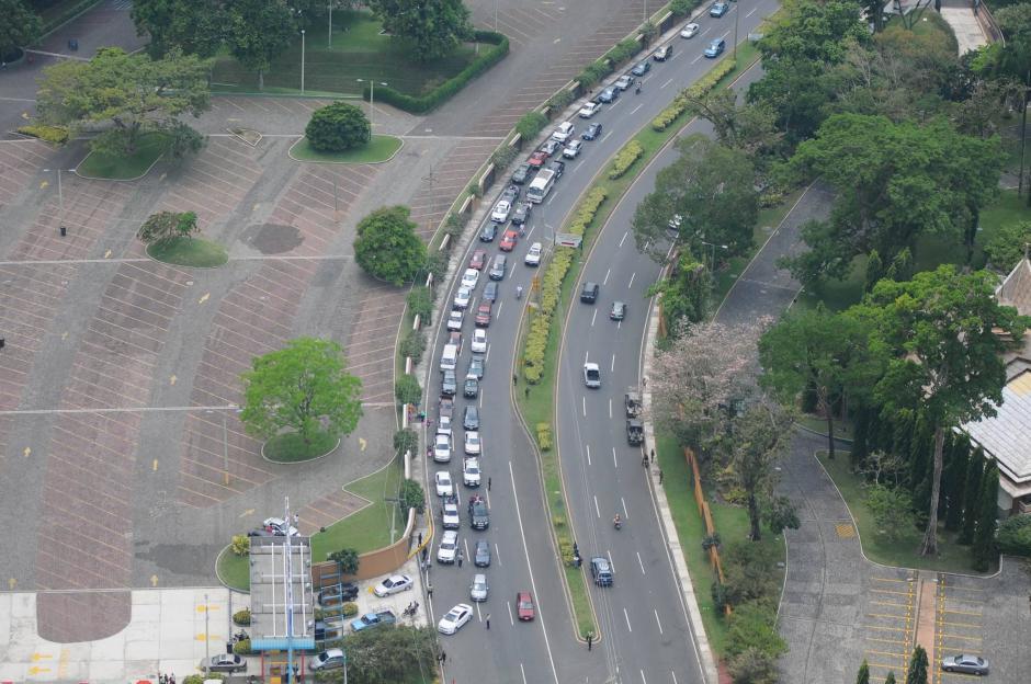 Si vas a viajar por carretera, anticipa tu salida para evitar colas. (Foto: Alejandro Balán/Soy502)