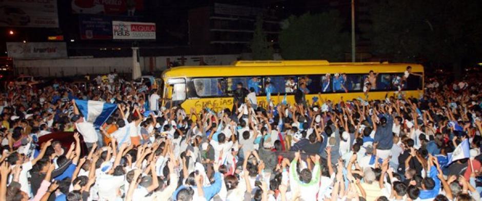 La noche del 6 de abril de 2011 será inolvidable para los amantes del fútbol. (Foto: Luis Barrios/Soy502)