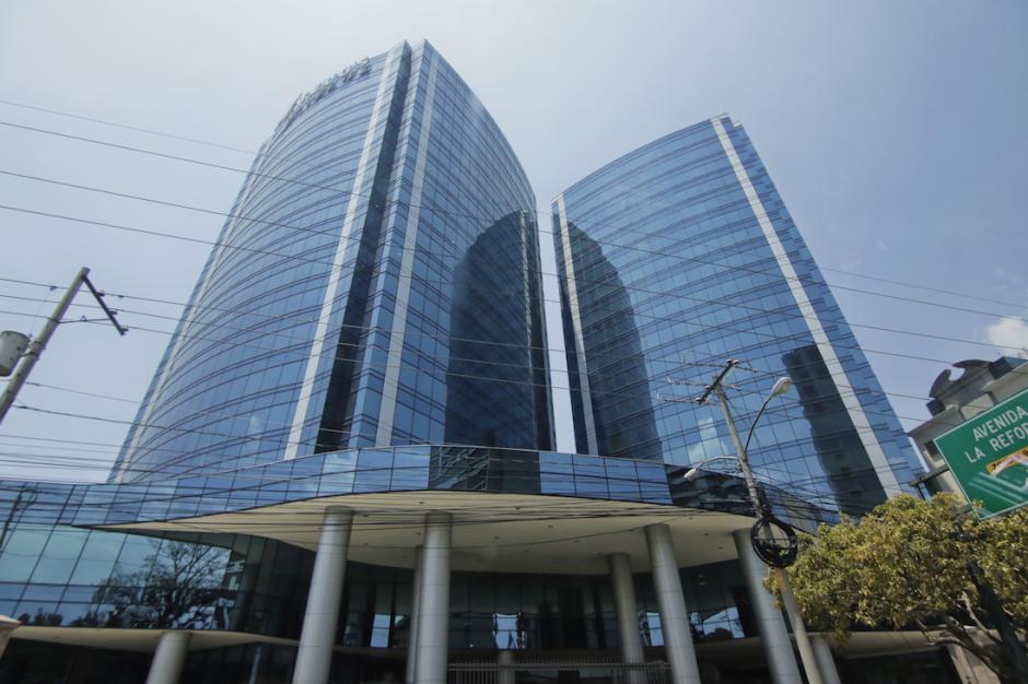 Se desconoce si el MP logró allanar las oficinas de Odebrecht que se ubicaron en la zona 10. (Foto: Alejandro Balán/Soy502)