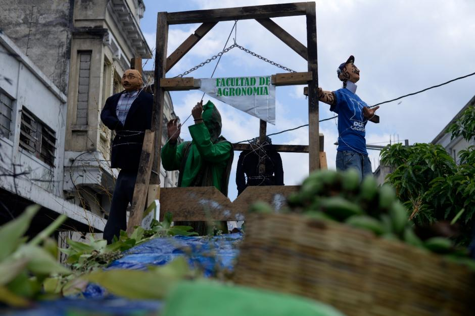 Los mensajes eran también contra el sistema político. (Foto: Wilder López/Soy502)