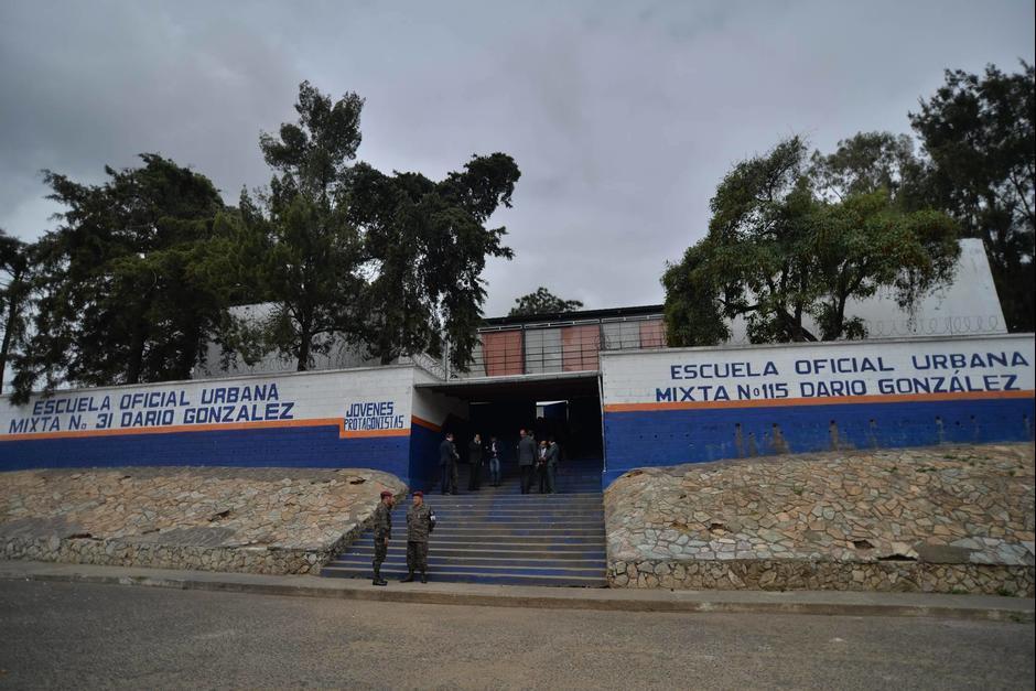 Esta es la Escuela Oficial Urbana Mixta No. 31 Darío González, ubicada en Mixco. (Foto: Wilder López/Soy502)