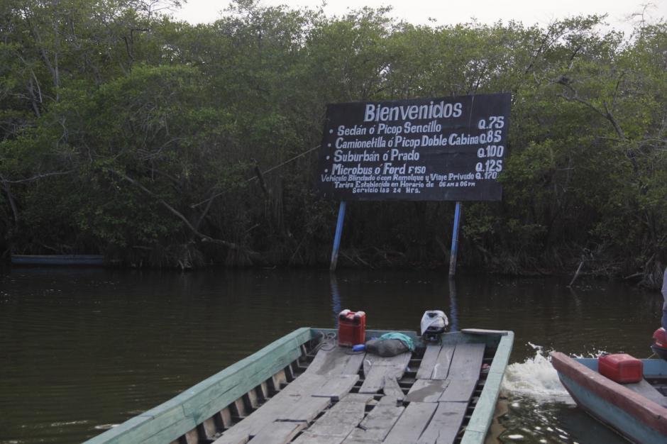 """En La Avellana puedes tomar el """"ferry"""" que te lleva a Monterrico. (Foto: Fredy Hernández/Soy502)"""