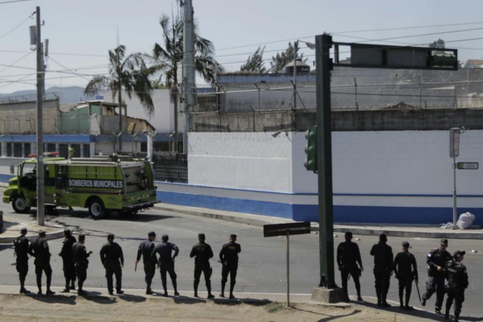 Los internos demandan el ingreso de comida, no revisar a las visitas y no portar uniforme. (Foto: Alejandro Balán/Soy502)