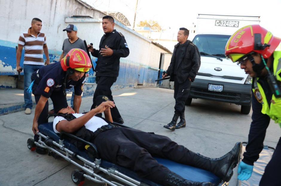 Cuatro monitores resultaron con heridas durante el motín en el correccional Las Gaviotas. (Foto: Soy502)
