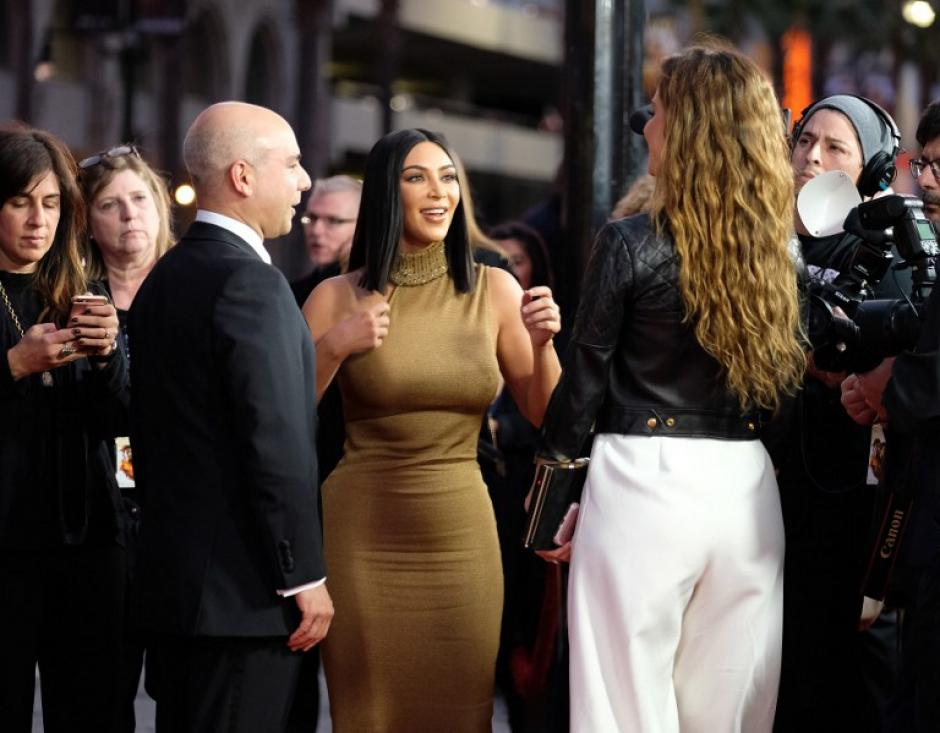 kim Kardashian luce despampanante en el estreno de The Promise. (Foto: CHRIS DELMAS/AFP)