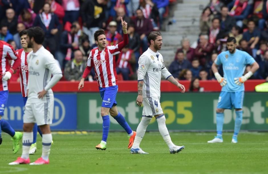 Los locales se adelantaron en dos ocasiones ante un cuadro alterno del Real Madrid. (Foto: AFP)