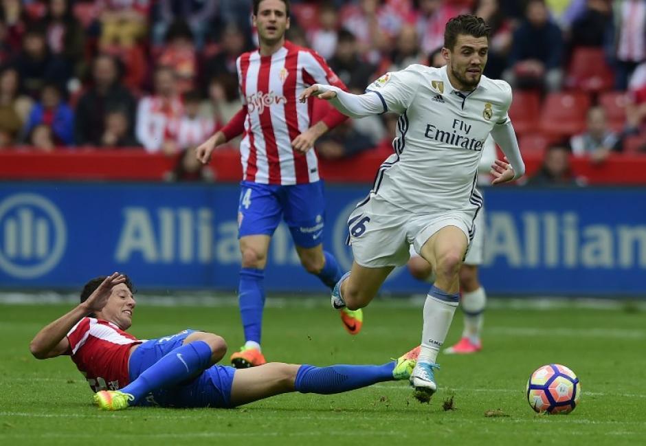 El Real Madrid tuvo un encuentro complicado a su visita a Gijón. (Foto: AFP)