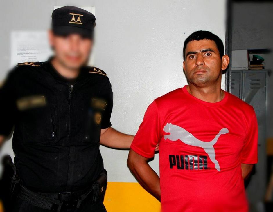 Sender Orellana fue trasladado al juzgado de la localidad. (Foto: PNC)