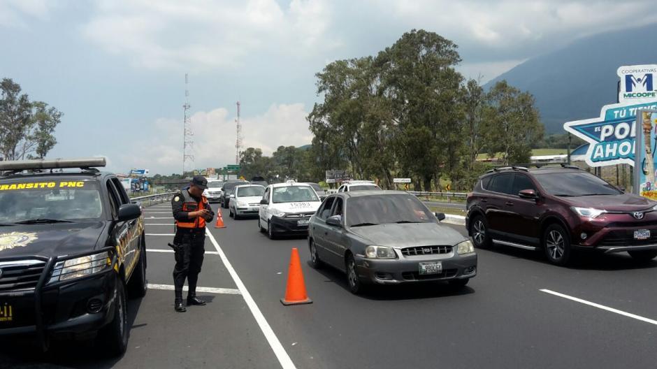 Los operativos empezaron desde las primeras horas del domingo. (Foto: Tránsito PNC)