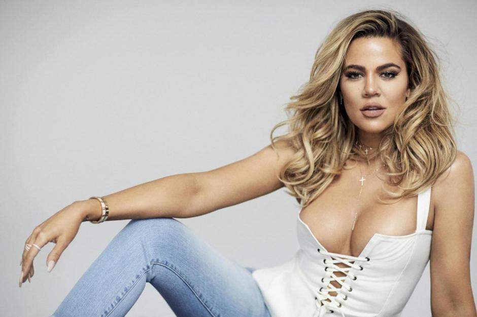 Khloé Kardashian luce más sexy que nunca. (Foto:  Evening Standard Magazine)